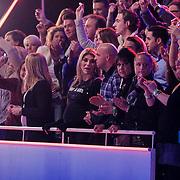 NLD/Hilversum/20130119 - 4e Liveshow Sterren Dansen op het IJs 2013, Andy van der Meijden en partner en Jose Hoebe