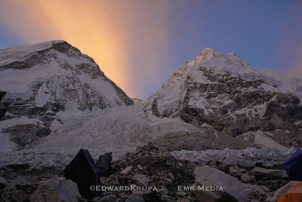 Sunrise at the top of the world. Everst base camp. Nepal.