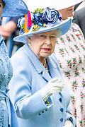 Koning Willem-Alexander en koningin Máxima hebben dinsdag in de koets met koningin Elizabeth en haar zoon prins Andrew deelgenomen aan de 'koninklijke optocht' op de racebaan van Ascot.<br /> <br /> King Willem-Alexander and Queen Máxima took part in the carriage with Queen Elizabeth and her son Prince Andrew on Tuesday in the 'royal parade' on the Ascot race track.<br /> <br /> Op de foto / On the photo: Koningin Elizabeth /  Queen Elizabeth