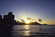 Sunrise over Diamond Head, Waikiki, Oahu, Hawaii<br />
