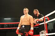 Boxing: Cruiserweight, WBO European Championship, Nuri Seferi (ALB) - Tamas Lodi (HUN), Hamburg, 16.05.2014<br /> Nuri Seferi (ALB, l.)  and coach Oktay Urkal<br /> ©Torsten Helmke