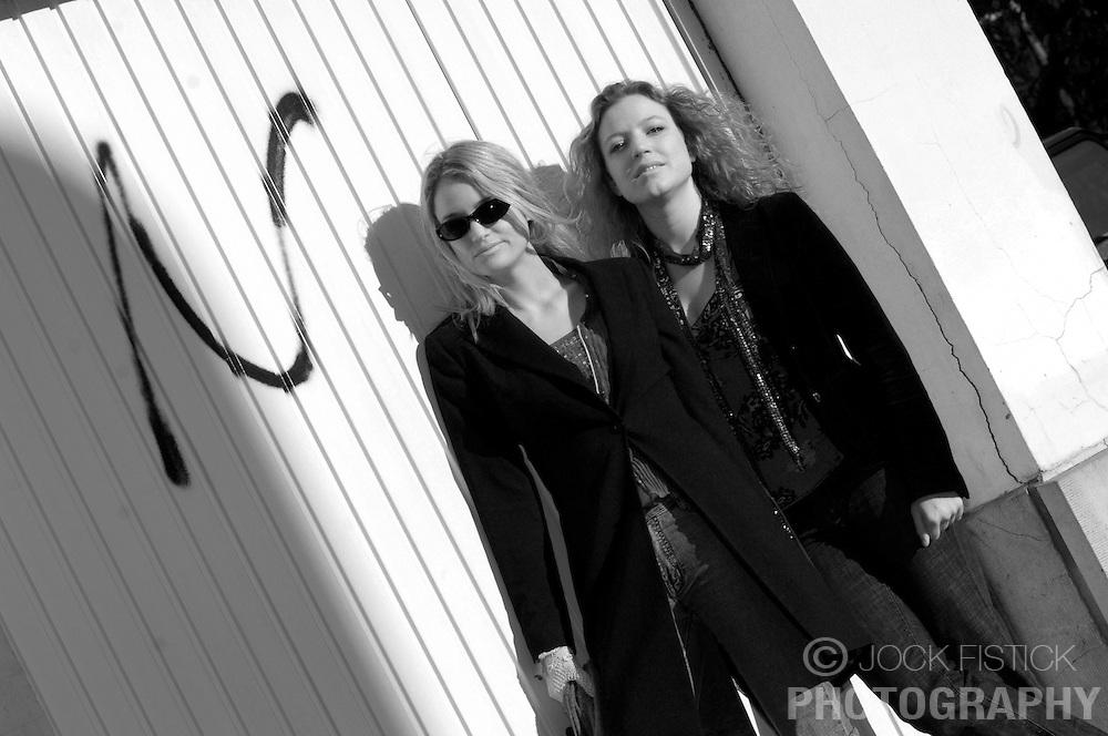 "BRUSSELS, BELGIUM - NOV-5-2005 -  Galen Ayers and Kirsty Newton of ""Siskin"". (Photo © Jock Fistick)"