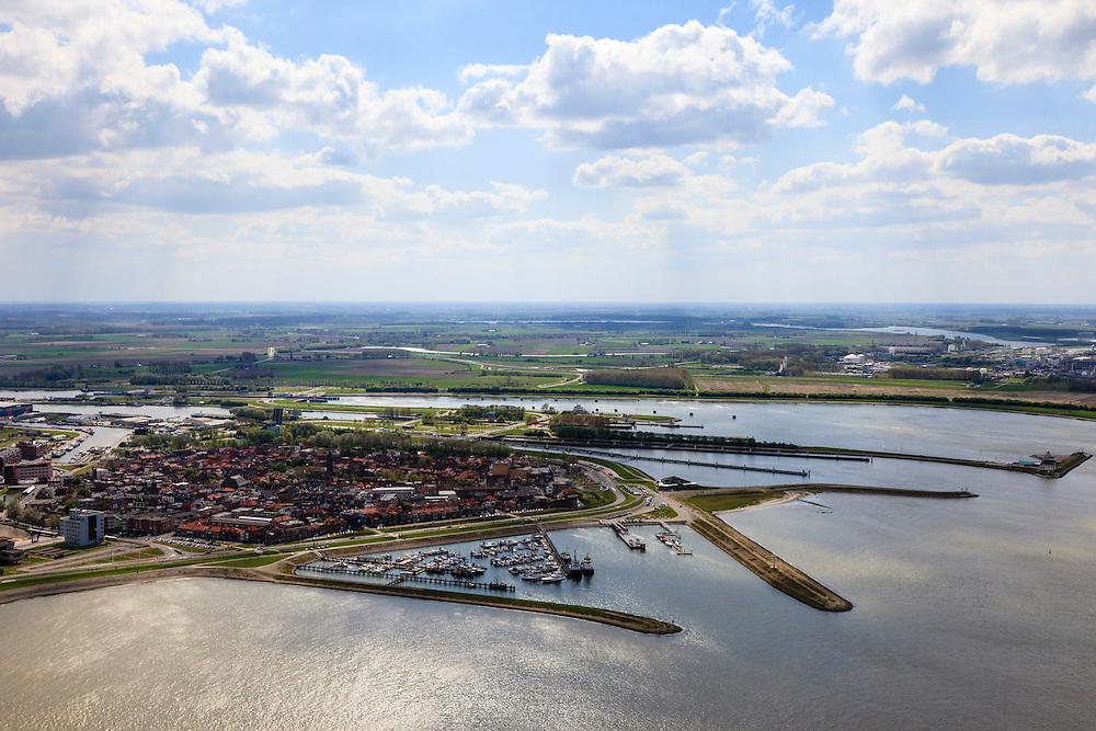 Nederland, Zeeland, Terneuzen, 09-05-2013; Zeeuws-Vlaanderen, rede van Terneuzen. Zicht op Terneuzen met jachthaven en Veerhaven, ingang van het Kanaal Terneuzen - Gent.<br /> View on the center Terneuzen (Zeeland) with marina and ferry terminal, entrance to the  Terneuzen - Ghent Canal.<br /> luchtfoto (toeslag op standard tarieven);<br /> aerial photo (additional fee required);<br /> copyright foto/photo Siebe Swart.