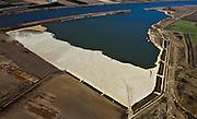 Nederland, Limburg, Gemeente Venlo, 07-03-2010; Lomm (voormalige gemeente Arcen en Velden), hoogwatergeul in wording in het kader van bescherming tegen hoogwater. De geul zal in de komende jaren verder uitgegraven worden met als gevolg lagere waterstanden (ter plaatse, en stroomopwaarts). In het gebied ontstaat verder nieuwe 'natte' natuur. Foto in noordelijke richting..Lomm, flood channel in the making in the context of flood protection. The channel will be further excavated in the coming years, resulting in lower water levels (on site and upstream). The area will become new 'wet' nature..luchtfoto (toeslag), aerial photo (additional fee required).foto/photo Siebe Swart