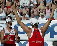 Volleyball, Sandvolleyball, World Tour Stavanger, Grand Slam, 30/06-05, <br />Ivar Horrem og Bård-Inge Pettersen, <br />Foto: Halvard Hofsmo, Digitalsport