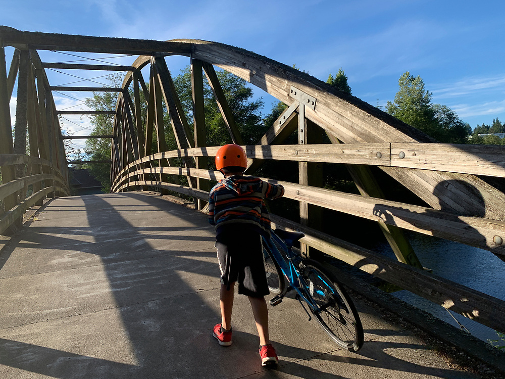 United States, Washington, Bothell, Bothell Bridge over Sammamish River