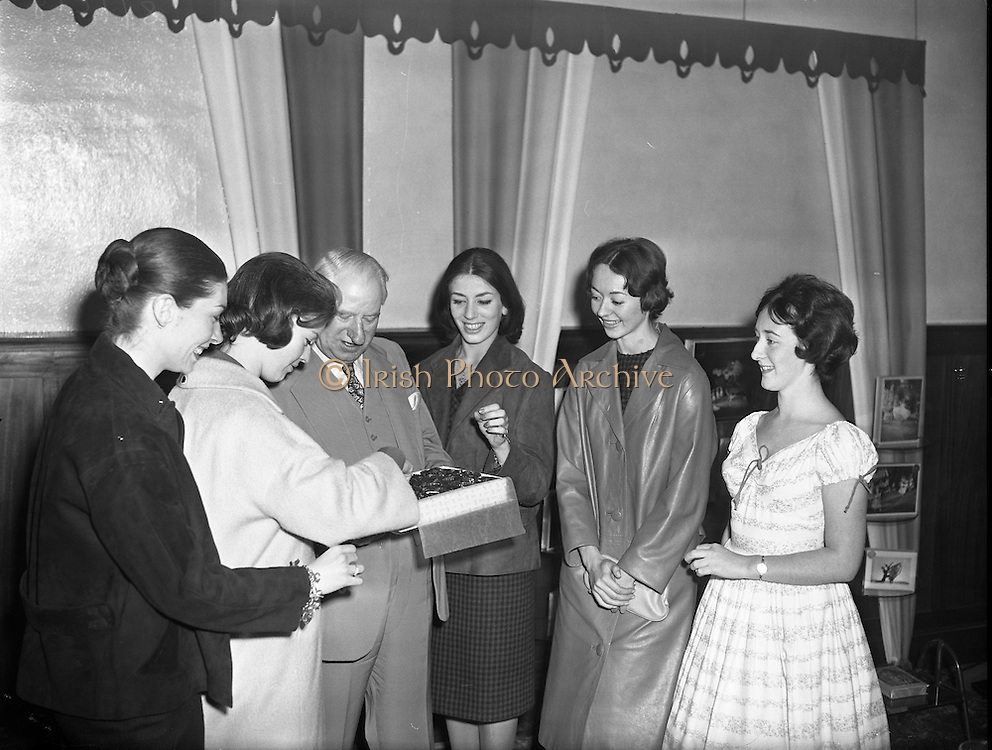 Ballet Festival Visits Williams and Woods - Special for McConnell's.18/09/1959