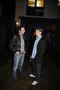 Paul Hodgson and Jack Burns, Henry Hudson exhibition, 2 Ada St. London E8. 25 October 2006. -DO NOT ARCHIVE-© Copyright Photograph by Dafydd Jones 66 Stockwell Park Rd. London SW9 0DA Tel 020 7733 0108 www.dafjones.com