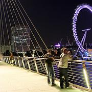 London Eye millenium wheel viewed from bridge by night (London, United Kingdom (UK) - Jun. 2008) (Image ID: 080608-2143221a)
