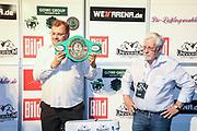 Boxen: Universum Boxpromotion, Boxgala, Waage, Hamburg, 18.06.2021<br /> WBC-Youth-Weltmeisterschaft: Promoter Thomas Nissen (Boxen im Norden)<br /> © Torsten Helmke