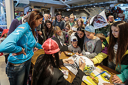 11.10.2015, Intersport Bruendl, Kaprun, AUT, ÖSV Startreff, Intersport Bründl, im Bild Anna Fenninger. EXPA Pictures © 2015, PhotoCredit: EXPA/ JFK