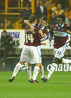 Photo: Dave Linney.<br />Wolverhampton Wanderers v Burnley. Coca Cola Championship. 30/09/2005. Burnley goalscorer Jon Harley is congratulated by James O'Connor