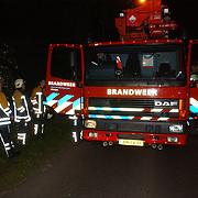 NLD/Huizen/20050511 - Ladderwagen brandweer Huizen, defect Gooilandweg Huizen.751