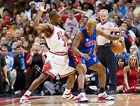 Basketball<br /> NBA<br /> Foto: Dppi/Digitalsport<br /> NORWAY ONLY<br /> <br /> BASKETBALL - NBA - CHICAGO (USA) - UNITED CENTER - 08/11/2007<br /> <br /> CHICAGO BULLS (WINNER 97-93) V DETROIT PISTONS - BEN GORDON (7) (CHICAGO BULLS) - CHAUNCEY BILLUPS (1) (DETROIT PISTONS)