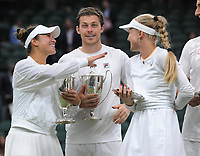 Lawn Tennis - 2021 All England Championships - Men's Final Sunday - Wimbledon - Mixed Doubles Final on Centre Court. Neal Skupski and Desirae Krawczyk v Joe Salisbury and Harriet Dart<br /> <br /> Neal Skupski and Desirae Krawczyk share a joke with Harriet Dart<br /> <br /> <br /> Credit : COLORSPORT / Andrew Cowie