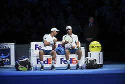 November 13, 2017 - London, United Kingdom - Bob and Mike Bryan of the United States speak in the Doubles match against Jamie Murray of Great Britain and Bruno Soares of Brazil during day two of the Nitto ATP World Tour Finals at O2 Arena, London on November 13, 2017. (Credit Image: © Alberto Pezzali/NurPhoto via ZUMA Press)