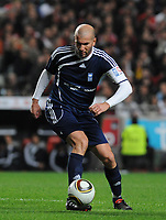 20100125: LISBON, PORTUGAL - 7th Charity Football Match against Poverty: SL Benfica All Stars vs Zidane & Kaka Friends. All the money rose from ticket sales and donations will go to the victims of Haiti Earthquake. In picture: Zidane. PHOTO: Alvaro Isidoro/CITYFILES