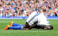 Kurt Zouma of Chelsea picks up an injury - Mandatory byline: Matt McNulty/JMP - 07966386802 - 12/09/2015 - FOOTBALL - Goodison Park -Everton,England - Everton v Chelsea - Barclays Premier League