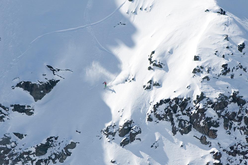 Verbier, Switzerland. March 23rd 2010..X-Trem Verbier 2010 - Freeride World Tour.Bec des Rosses from Col des Gentianes.American snowboarder Matt Annetts