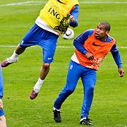 AUS/Seefeld/20100529 - Training NL Elftal WK 2010, Raphael van der Vaart in duel met Nigel de Jong
