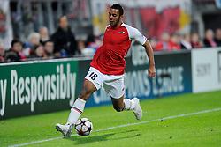 20-10-2009 VOETBAL: AZ - ARSENAL: ALKMAAR<br /> AZ in slotminuut naast Arsenal 1-1 / Moussa Dembele<br /> ©2009-WWW.FOTOHOOGENDOORN.NL