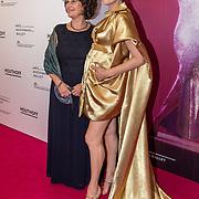 NLD/Amsterdam/20190910 - Het Nationale Ballet Gala 2019, Anna Drijver met haar moeder