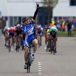 Olympia's Tour etappe Rhenen-Alkmaar Arno van der Zwet voor Jeff Vermeulen en Wouter WIppert