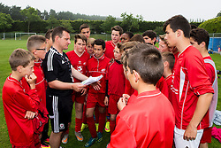 DINARD, FRANCE - Wednesday, June 8, 2016: Local children take part in a training session at Wales' base in Dinard as part of a partnership between the FAW Trust and Ligue De Bretagne De Football during the UEFA Euro 2016 Championship. (Pic by Paul Greenwood/Propaganda)