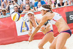 30.07.2017, Donauinsel, Wien, AUT, FIVB Beach Volleyball WM, Wien 2017, Damen, Gruppe J, im Bild v.l. Nina Betschart (SUI), Tanja Hüberli (SUI) // f.l. Nina Betschart of Switzerland Tanja Hüberli of Switzerland during the women's group J match of 2017 FIVB Beach Volleyball World Championships at the Donauinsel in Wien, Austria on 2017/07/30. EXPA Pictures © 2017, PhotoCredit: EXPA/ Sebastian Pucher