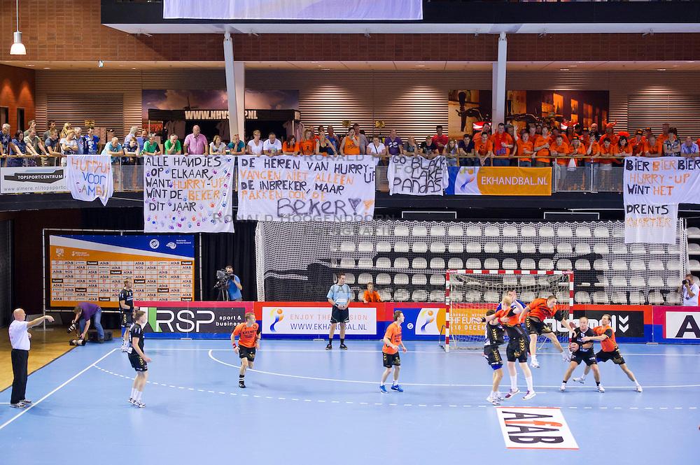 02-06-2011 HANDBAL: BEKERFINALE HURRY UP - O EN E: ALMERE<br /> Overzicht van Topsportcentrum Almere met spandoeken banners voor Kremers Hurry Up<br /> ©2011-FotoHoogendoorn.nl / Peter Schalk
