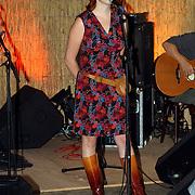NLD/Muiderberg/20050915 - Perspresentatie Turks Fruit de Musical, Jelka van Houten