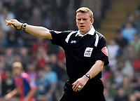 Photo: Alan Crowhurst.<br />Crystal Palace v Derby County. Coca Cola Championship. 29/04/2007. Referee Mr A Bates.