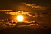 Solnedgang fra Lundeura på Runde | Sunset at Lundeura, Runde, Norway.