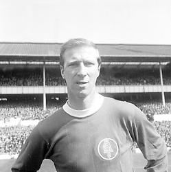 Jack Charlton, Leeds United