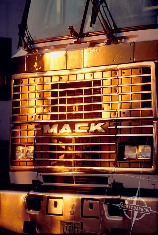 Mack truck grill