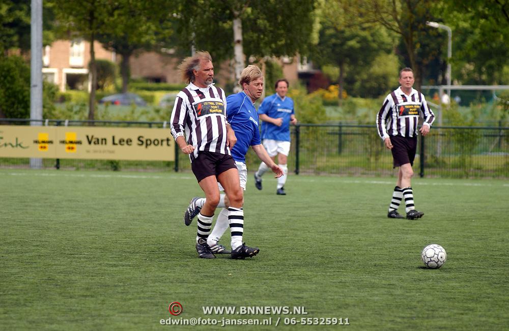 Melkbustoernooi SV Laren '99, Laren - Binckies