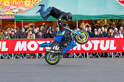 Stunting competition at Motor Bike Expo (MBE) bike show. Verona, Italy. Sunday, January 19, 2020. Photography ©2020 Michael Lichter.