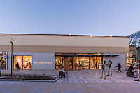Exterior image of Anthropologie at the Mall In Columbia in MD by Jeffrey Sauers of Commercial Photographics, Architectural Photo Artistry in Washington DC, Virginia to Florida and PA to New England