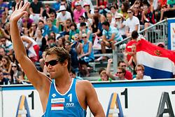 05-08-2011 VOLLEYBAL: FIVB WORLD TOUR GRANDSLAM: KLAGENFURT<br /> Reinder Nummerdor of Netherland<br /> ©2011-FotoHoogendoorn.nl / Matic Klansek Velej