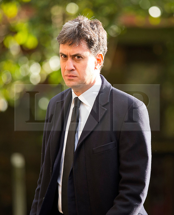 © Licensed to London News Pictures. 13/11/2015. London, UK. Former Labour party leader ED MILIBAND  arriveing for The funeral of former Labour MP Michael Meacher at St Mary's Church in Wimbledon, south west London.  Michael Meacher, who was a Labour MP in Oldham for over 40 years, served as Minister of State for the Environment in the Tony Blair government.  Photo credit: Ben Cawthra/LNP