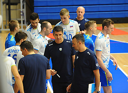Slobodan Kovac, head coach of Slovenia with players during friendly volleyball match between National teams of Serbia and Slovenia, on August 18, 2017, in Belgrade, Serbia. Photo by Nebojsa Parausic / MN press / Sportida