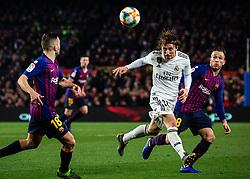6 th, February  2019, Camp Nou, Barcelona, Spain. ..Copa del Rey, partido entre el FC Barcelona y el R.Madrid...(10) Modric (centrocampista) golpea de cabeza ante la presencia de (08) Arthur y (18) Jordi Alba...El partido ha finalizado 1-1 con goles de (17) Lucas Vázquez y Malcom (14)...© Joan Gosa 2019/Xinhua 2019. (Credit Image: © Joan Gosa/Xinhua via ZUMA Wire)