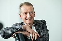 30 MAR 2020, WOLFSBURG/GERMANY:<br /> Herbert Diess, Vorstandsvorsitzender Volkswagen AG, nach einem Interview, VW Konzernzentrale<br /> IMAGE: 20200330-01-056