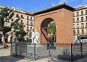 Sculpture in Plaza del Dos de Mayo, Malasana, Madrid city centre, Spain