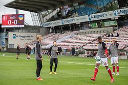 De danske reserver varmer op før U21 EM2021 Kvalifikationskampen mellem Danmark og Ukraine den 4. september 2020 på Aalborg Stadion (Foto: Claus Birch).