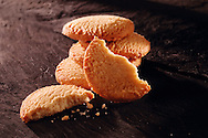 whole & broken traditional shortbread biscuits