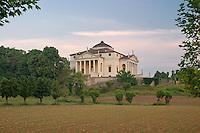 VILLA CAPRA VALMARANA DETTA LA ROTONDA (architetto Andrea Palladio 1566), VICENZA, VENETO, ITALIA