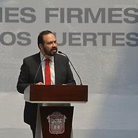 Toluca, México.- (Marzo 15, 2018).- Eriko Flores, Secretario Técnico del Gabinete y Secretario Ejecutivo del Consejo Estatal de la Agenda 2030 para el Desarrollo Sostenible durante la presentación del Plan de Desarrollo del Estado de México 2017-2023. Agencia MVT / Crisanta Espinosa.