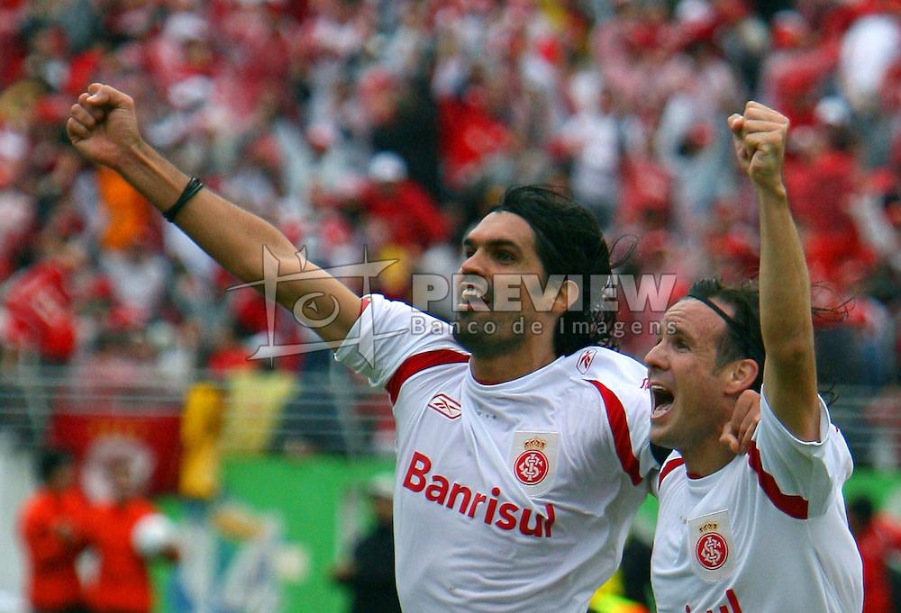 Fernandão comemora o título do campeonato gaúcho 2008, no estádio Beira Rio, em Porto Alegre. FOTO: Lucas Uebel / Preview.com