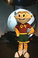 LISBOA-29 NOVEMBRO 2003:KINAS (EURO 2004 Mascot)  holds the Adidas Roteiro match ball on photo opportunaty ; ADIDAS presents the official ball for the EURO 2004 in FILL auditorium-Lisbon<br />(PHOTO BY: AFCD/NUNO ALEGRIA)